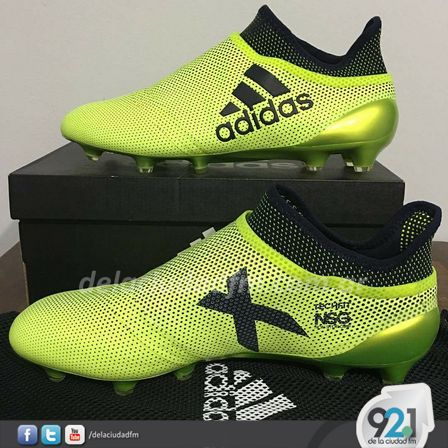 Venden botines de alta gama para fútbol 97b0b327d3f7d